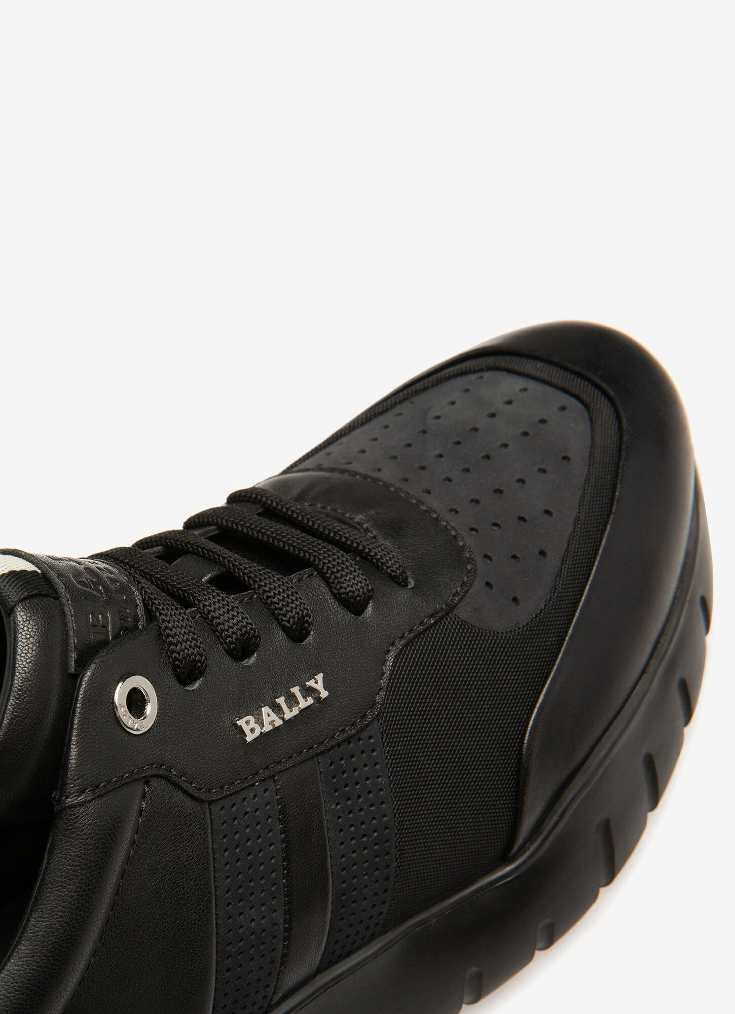 Bison| Mens Sneakers | Black Leather